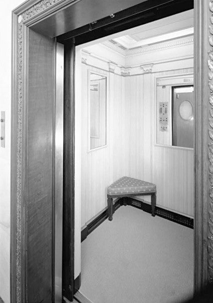 Family Elevator White House Museum
