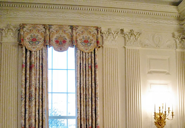 State dining room white house museum for Dining room drapes