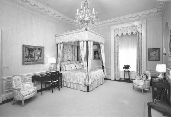 the east bedroom in 1992 looking northwest habs