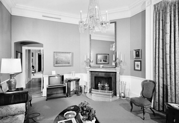 Opinions on room disambiguation for Sitting rooms