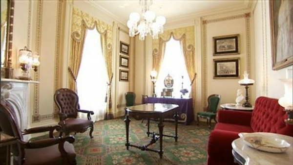 Lincoln Sitting Room - White House Museum