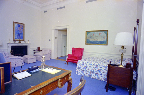 Pictures Of The Third Floor Of The Whitehouse Central Hall
