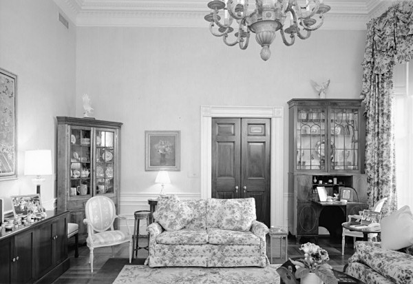 Living room candidate 1992 white house museum living for Living room candidate