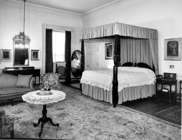 Queens\' Bedroom - White House Museum