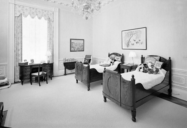 West Bedroom. West Bedroom   White House Museum