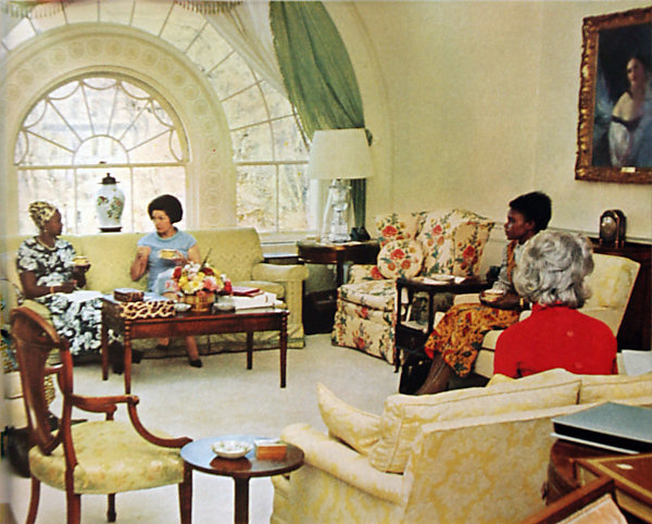 Pictures inside white house living quarters