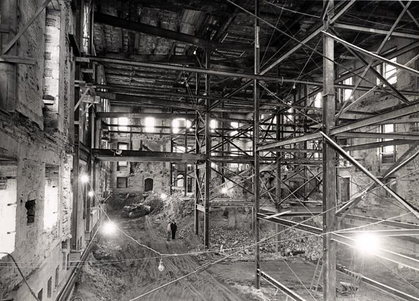 Workmen digging the sub-basement in the demolished White House in 1950