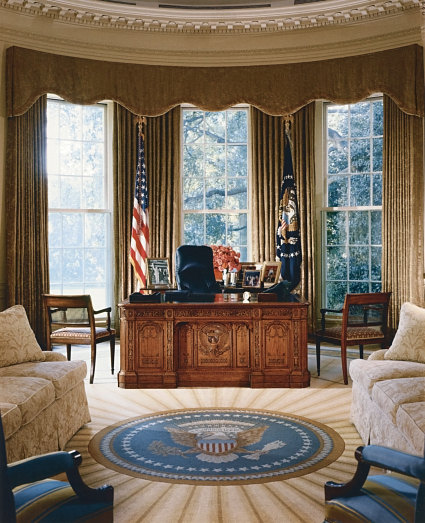 President obama forced to flee in the oval office Oval office decor by president