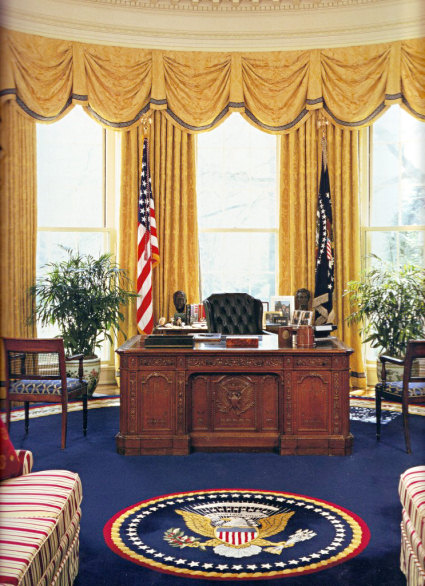 Resolute Desk White House Museum