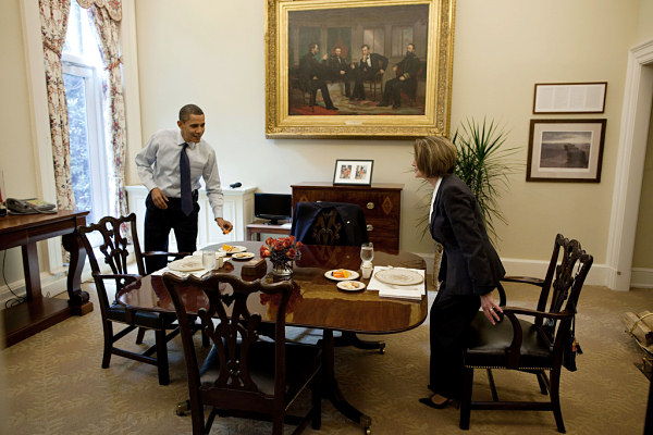 The President S Dining Room In 2010 White House Pete Souza Barack