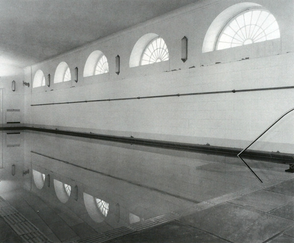 The white house press room for White house swimming pool indoor